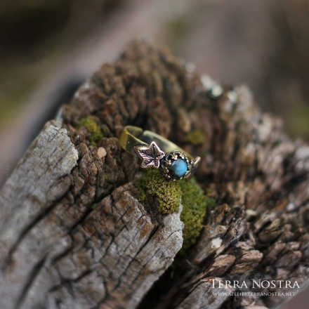 """Hedera"" adjustable ring"