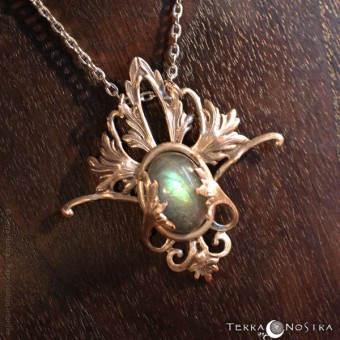 """Fairy Dust"" Elven pendant"