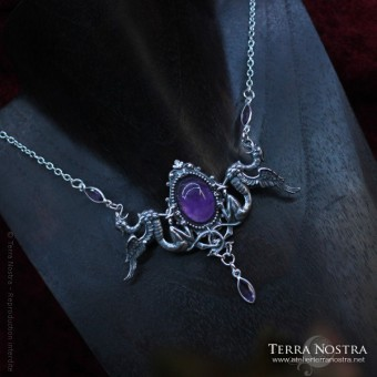 """""""Griffin's breath"""" Necklace"""